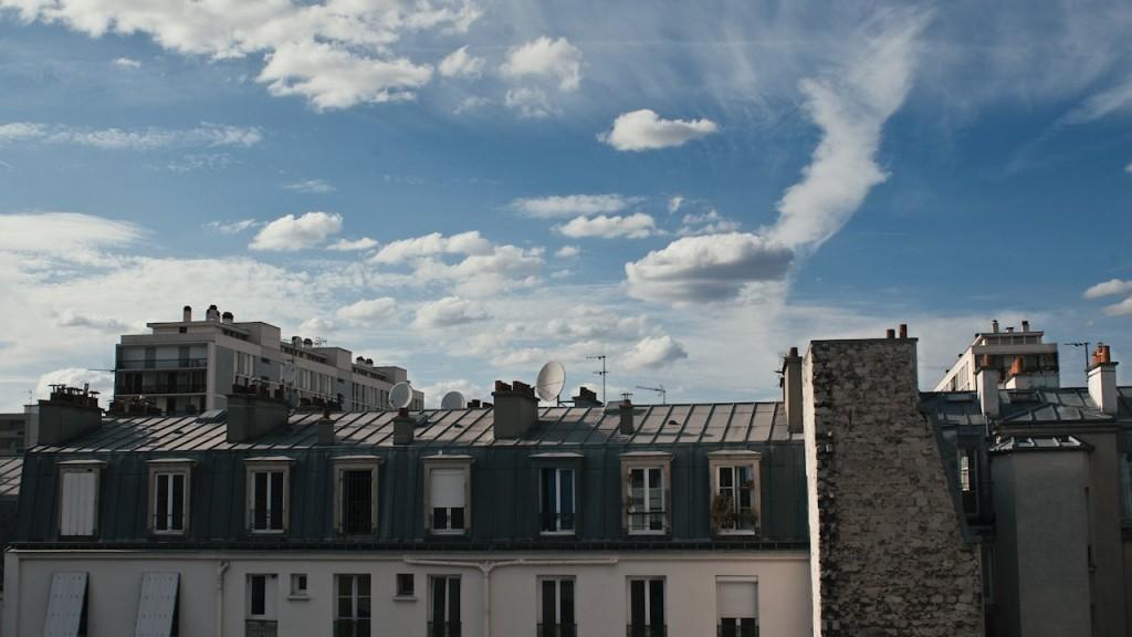 Timelapse paris roofs