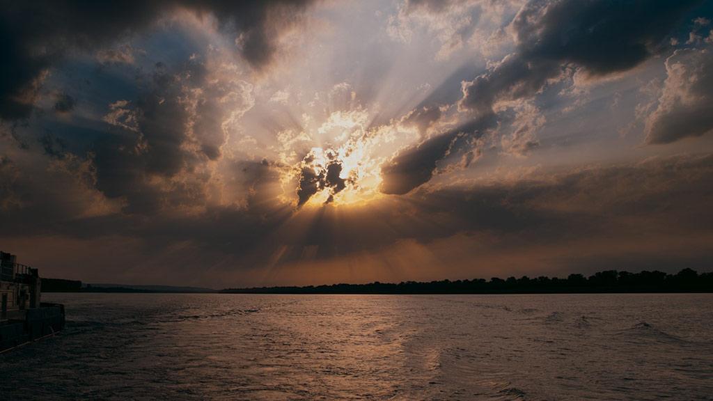 Timelapse danube sunset